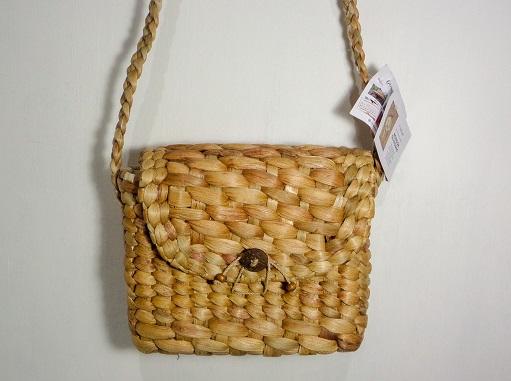 Bengok Sling Bag Small Horizontal